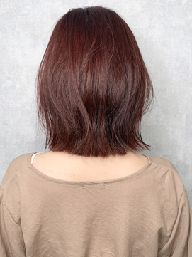 【iIIL hair lounge】切りっぱなしボブ ピンクブラウン 高崎