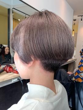 エモージュ【hub(hair)天神今泉】