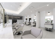EARTH coiffure beaute 上尾店