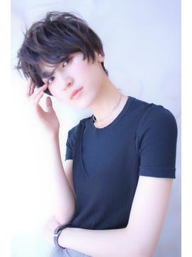 似合わせカット モード黒髪ショート 簡単スタイリング
