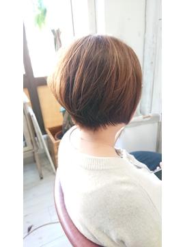 30、40代にオススメ☆イルミナカラー×前髪なしショート