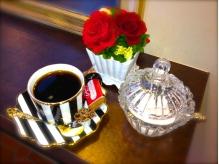 施術のウェイティングタイムにお飲物、お菓子をどうぞ【新宿】