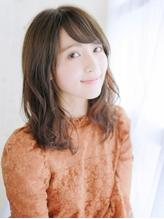 透け感バングのゆるミックスカール.15