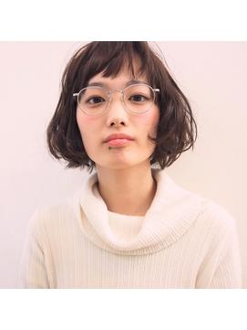 【CUBE】フェミニティボブ +メガネ