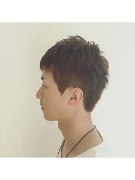 ハイトーンカラーショートヘア