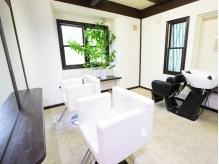 白を基調とした個室