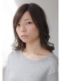 【karta】外ハネ動きのあるセミディ