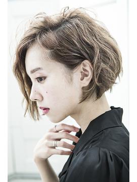 【mielhair新宿】ミルクティーカラー☆耳かけショートボブ♪