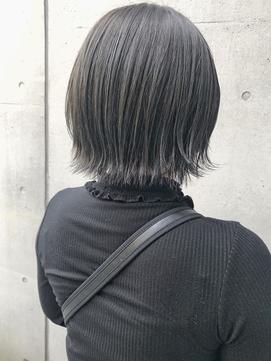 【三ツ井純】20代30代外ハネショートボブ レイヤーボブ 透明感