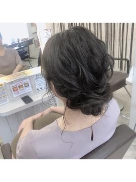お呼ばれシニヨンスタイル☆
