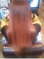 縮毛矯正専門店ならではの美髪再生技術を体験!ダメージヘアでも理想のつや髪に導いてくれる…