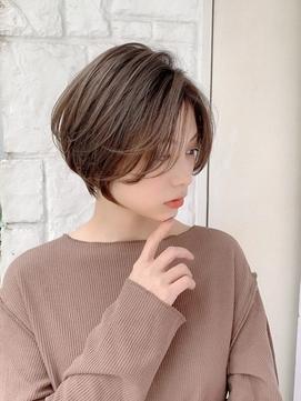 【東 純平】小顔レイヤーショートボブ+スモークベージュ
