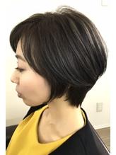 大人女子スマートショートヘア.58
