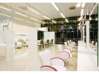 40代大人女性にぴったりな美容院 タヤ フォレオ博多店(TAYA)