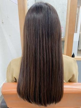 【elua  MIKI】ツヤ髪ストレート