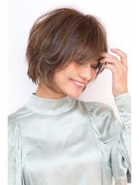 Soleil菊地 / 小顔オリーブカラーハイライトカラードレスヘア