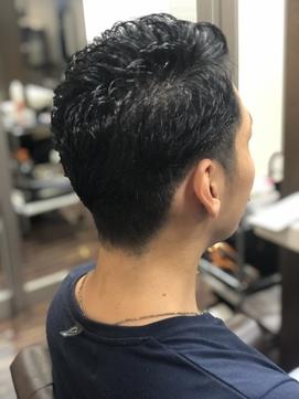 短髪スタイル