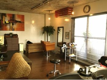 ヘアーラウンジ ホーム(hair lounge HOME)