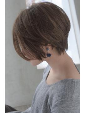 大人綺麗なショートヘア 【セミウェット、パーソナルカラー】