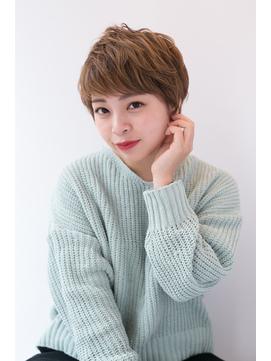 shiomi H 大人可愛い耳掛けショート