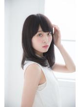 ナチュラル☆ミディアムレイヤー☆バングに丸み☆小顔効果抜群☆.12