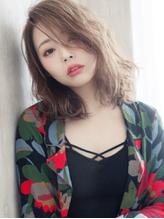 艶っぽワンサイド×ハイブロンド☆セクシーな小粋顔セミディ フェミニン.41