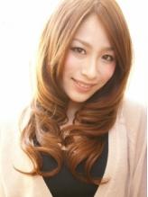 【初回価格★カット+カラー¥5200~】一流メーカーのカラー剤使用!!季節に合わせて髪色チェンジ☆