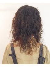 ホロホロ スパイラル インナーカラー まとめ髪.51