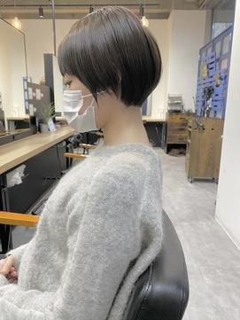 【giinii_渋谷】マッシュショート_艶髪_黒髪