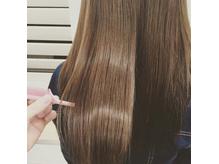 世界初の「傷んだ髪を元の綺麗な髪に復元」が可能なメニュー
