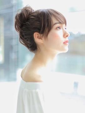 ラフでカジュアルなお団子アレンジ☆普段使いにもOK《BUMP佐藤》