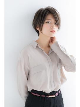【篠原】流行の長め前髪クールショートでトップのボリュームUP