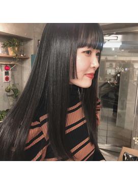 黒髪ストレートロング×姫カット