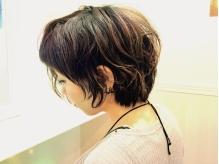 丁寧なカウンセリングを元に、高いカット技術で髪質のお悩みを解決へと導き、扱いやすさをご提供◎