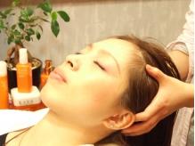 赤坂駅0分◆100%オーガニックヘッドスパ【ヴィラロドラ】キャリアオイル配合でサラ艶髪へ...極上癒やしスパ
