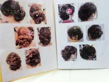 どんなヘアセットが良いか悩んでしまう方に嬉しいカタログあり♪