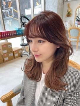 韓国風くびれヘア【横顔 流し前髪 ヨシンモリ】