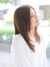 年齢による髪のお悩みはイナーヴで改善!!健康的な髪・頭皮環境づくりこそ、美しい貴女になるための第一歩!
