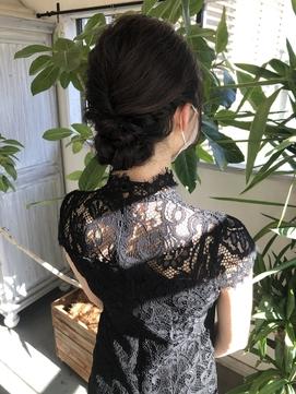 大人かわいい☆結婚式のお呼ばれヘア☆ゆるふわシニヨン