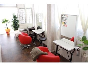 ヘアーラウンジ エステティックサロン マオリ(Hair lounge 93 Aesthetic salon MAOLI)(新潟県上越市/美容室)