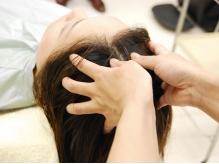 【選べるヘッドスパ!】炭酸orオイルを使用した頭皮マッサージと6種の選べるシャンプーで頭皮の悩みを解消!