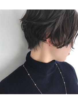 【central】美シルエット ×  ショートボブ