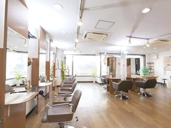 バグース ヘアーメイク アクシス(BAGUS hair make axis)(東京都足立区)
