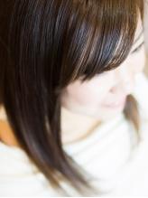 1人1人の髪質に合わせて馴染むスタイルを提案◎お家に帰ってからのアフターケアまでしっかりアドバイス!
