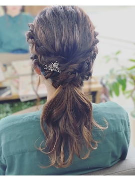 【BREMEN】結婚式お呼ばれヘア