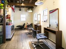 ヴァリーズ ヘア ショップ(Valley's Hair Shop)の詳細を見る