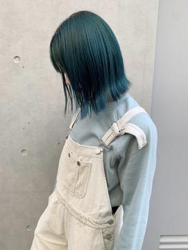 エメラルドグリーン/ブリーチカラー/派手髪【新田知鶴】