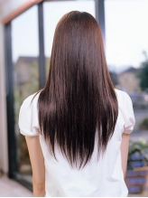 不純物を取り除く[新感覚★デトックス縮毛矯正]傷んでいる髪も驚くほどサラ艶な質感に。口コミでも高評価◎