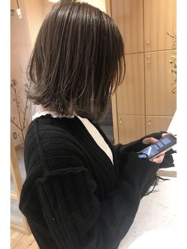 【smuk/スムーク】冬ベージュ/レイヤーボブ/外ハネボブ