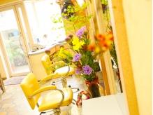 緑とお花に癒される店内